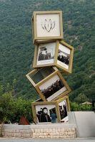 بدء الأعمال بتركيب النصب التذكاري لمستشفى *الرسول الأعظم* صلّى الله عليه وآله، عند مثلث وادي الحجير.